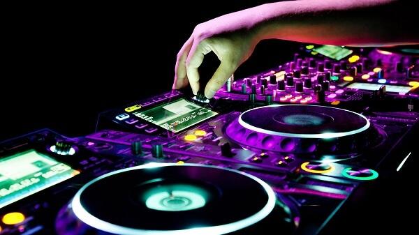 Sự phổ biến rộng rãi của dòng nhạc điện tử EDM