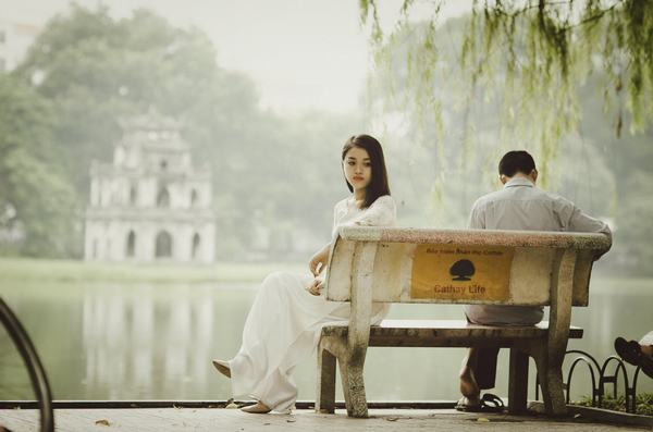 Mơ thấy người mình thích nắm tay mình, mơ thấy crush nắm tay mình, tỏ tình với mình