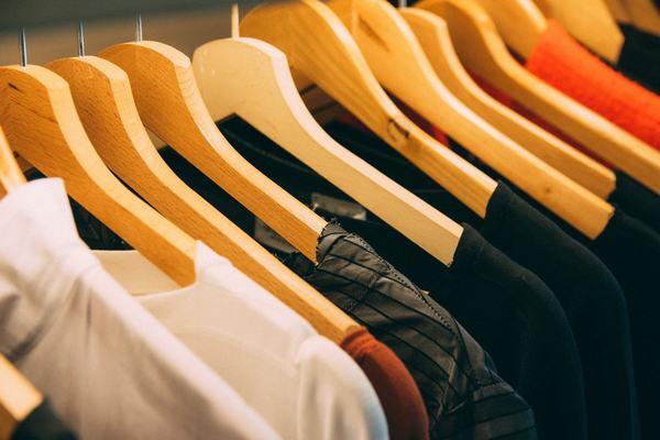 Nằm mơ thấy quần áo mới, quần áo đẹp có điềm báo gì?