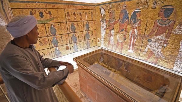 Nằm mơ thấy mộ, thấy mồ mả người thân ông bà tổ tiên đánh con gì?