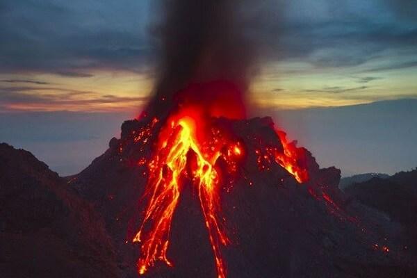 Tử vi mệnh Sơn Đầu Hỏa (Lửa trên núi) 1994 1995 hợp mệnh gì, hợp màu gì, là lửa lớn hay nhỏ?
