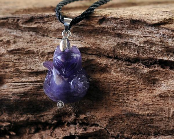 Mệnh Mộc hợp đá Hồ Ly màu gì - Một sự chọn lựa tuyệt vời cho người Mạng Mộc là đá Hồ Ly Thạch Anh Tím