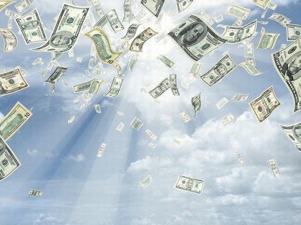 Nằm mơ thấy vay mượn tiền nói lên điều gì?