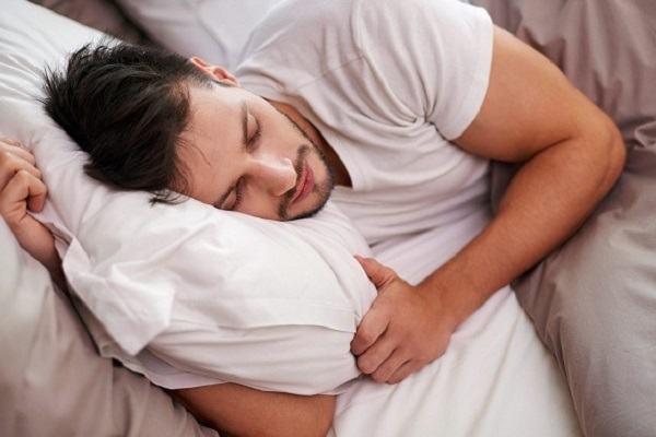 Đàn ông tự sướng nhiều có tốt không? Có bị vô sinh không?